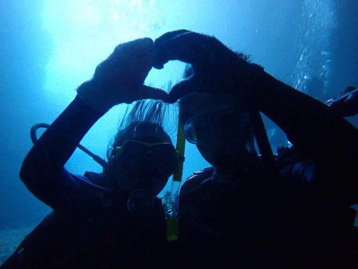 沖繩青洞 持正潛水 FUN DIVE